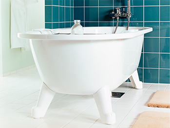Freestanding bathtub YH3 6368.White, with white feet