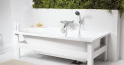 Bathtub without panels YH3 1571B.With anti-slip treatment and holes for two grab bars