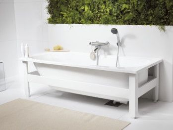 Bathtub without panels YH3 1571B.Bathtub without support frame