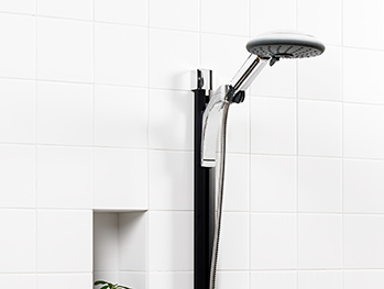 Shower set YS8 0002-UD-YS8-TM0002.Sinful Black