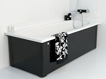 Bathtub with panels YH3 1607.With full panel, black