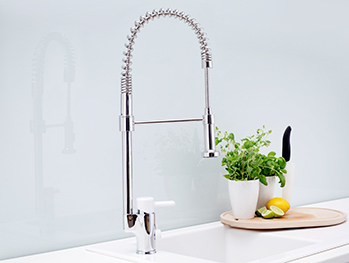 Kitchen faucets YL1 0002-UA-YL1-TM2266.With dishwasher shut-off